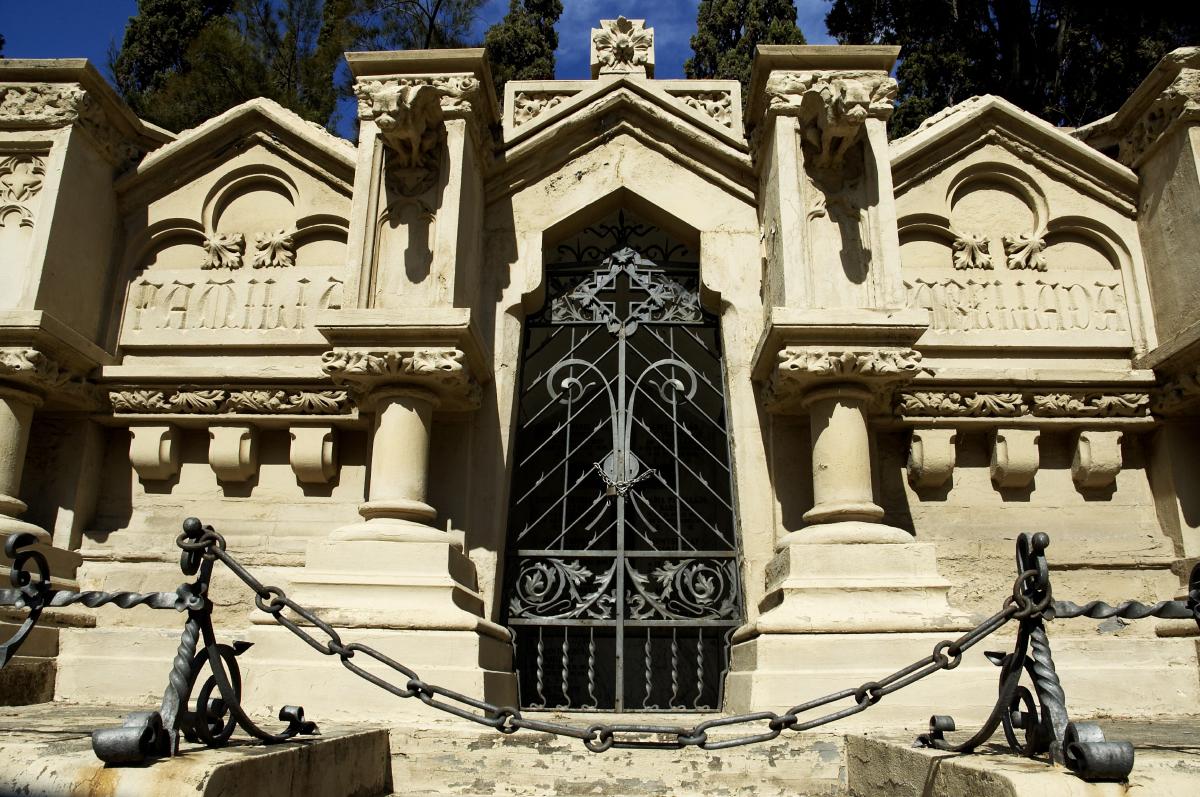 Arquitectura funeraria 4 enric sagnier for Arquitectura funeraria