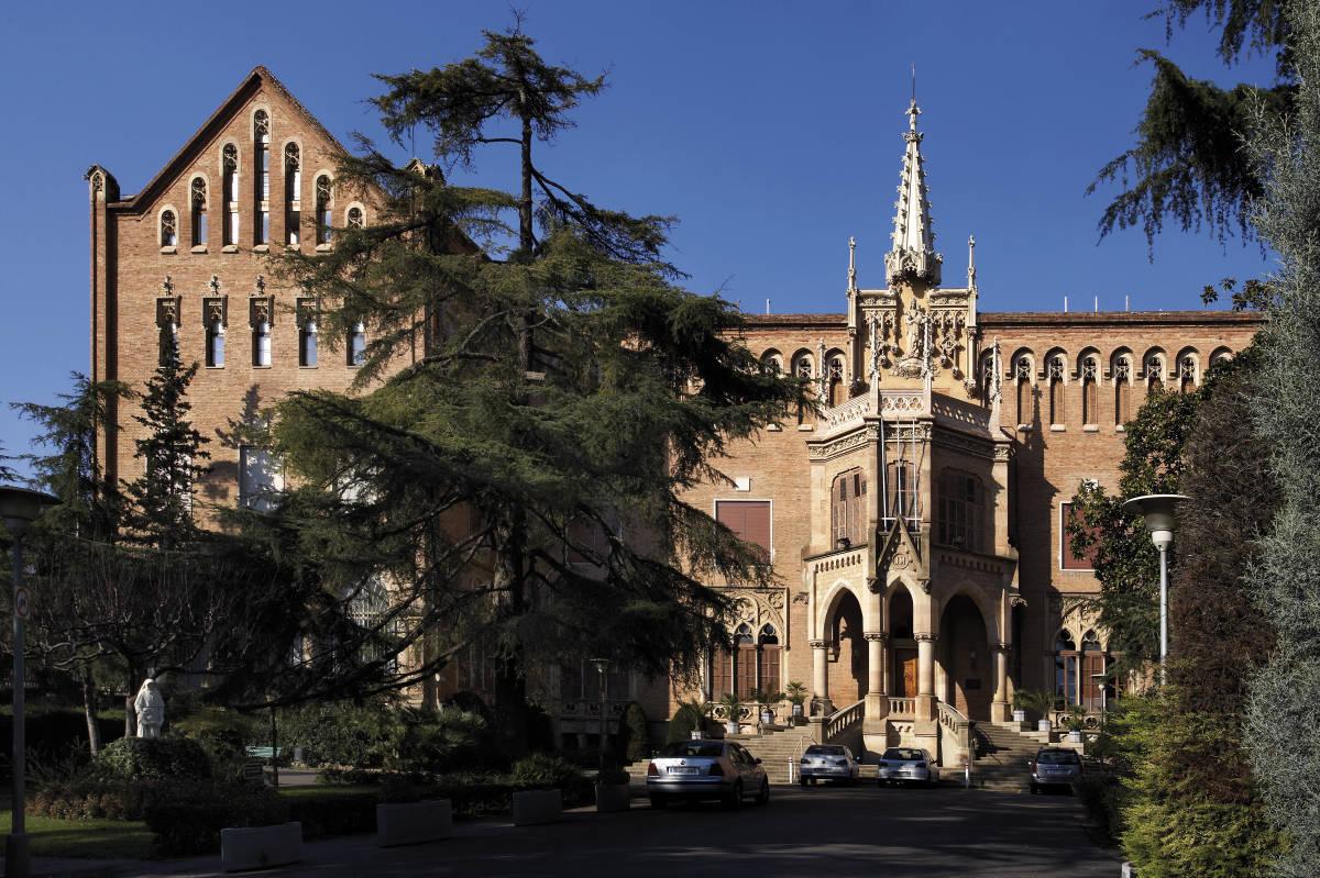 Colegio de barcelona awesome fotografia de with colegio - Colegio notarios de barcelona ...
